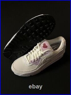 Nike Womens Air Max 90 SE Valentines Day Summit White CI7395-100 Size 7