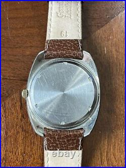 Vintage Omega Electronic F300hz Watch Day Date Movement 1260 9164